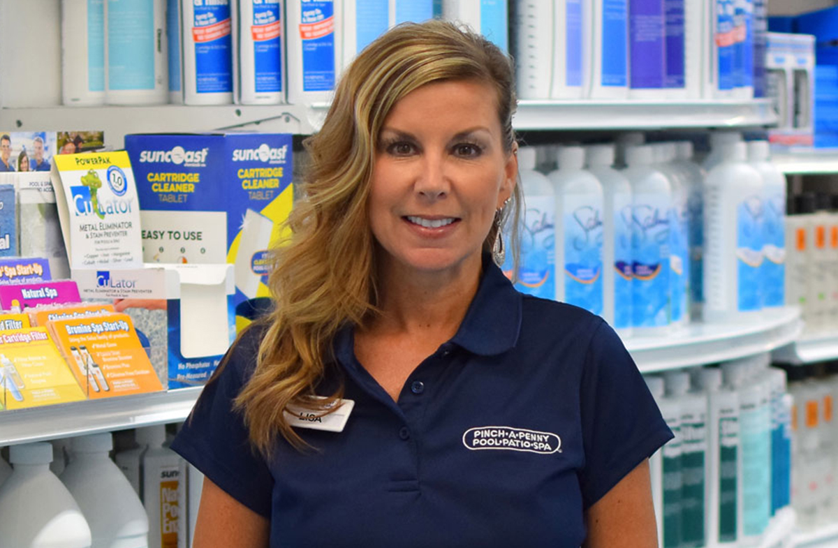 One Woman Franchise Owner Reaps the Rewards of Jumping into a Pinch A Penny Franchise Headfirst